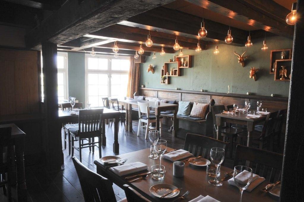 foto interieur restaurant j&t mos